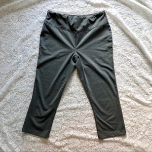 Gray Capri Flare Yoga Pants Medium